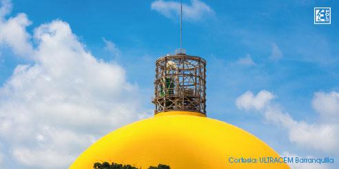 Silo (domo) protegido contra rayos con el pararrayos derivador 200 kA HVI P 27 L6M (referencia 819 430), cortesía ULTRACEM (Barranquilla, Colombia)