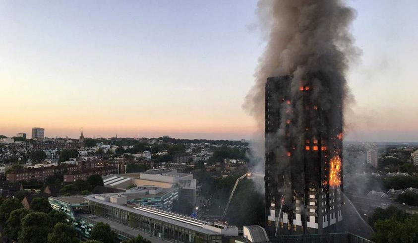Incendio en edificio de viviendas en Londres a causa de fallas eléctricas y posiblemente sobretensiones transitorias, 2017